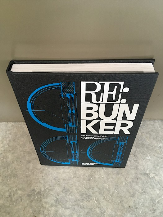 Re: Bunker – Katha Schulte